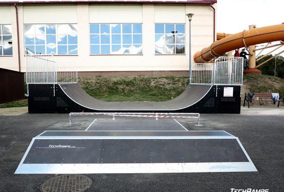 Rampa w skateparku w Głogowie Małopolskim