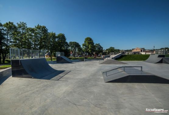 Skatepark from techramps