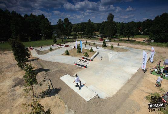 Woodcamp - skateplaza