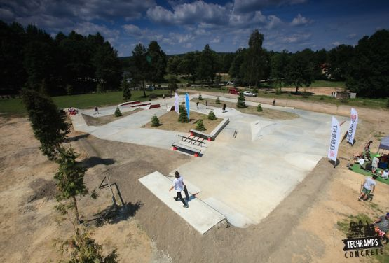 Woodcamp - skateplaza