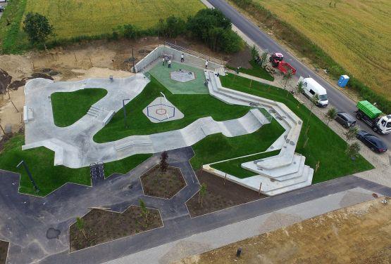Beton skatepark in Polen