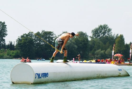 Raider slide - Wakepark Cracovie