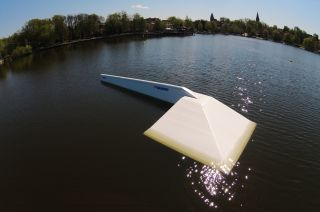 Przeszkody WakePro w wakeparku w Ostródzie
