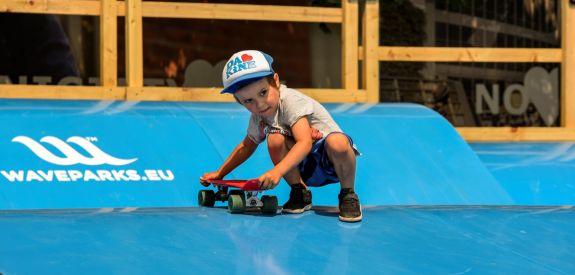 Waveramps - skateboard fun
