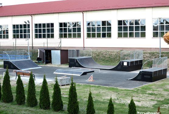 Skatepark w Głogowie Małopolskim - widok z lotu ptaka